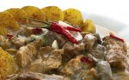 Expres menu Maso dvou barev Čertův kotlík 2 porce