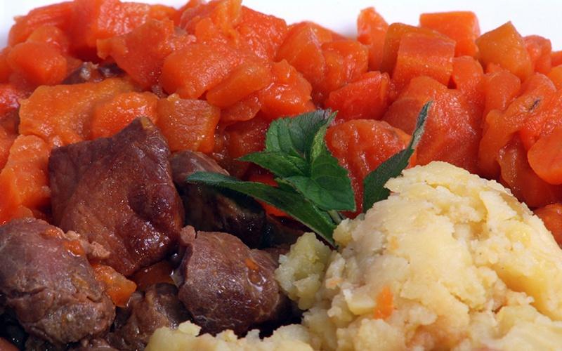 Expres menu Vepřové maso s mrkví 1 porce
